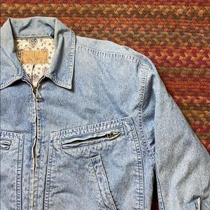 VINTAGE LIZ WEAR DENIM TRUCKER JACKET